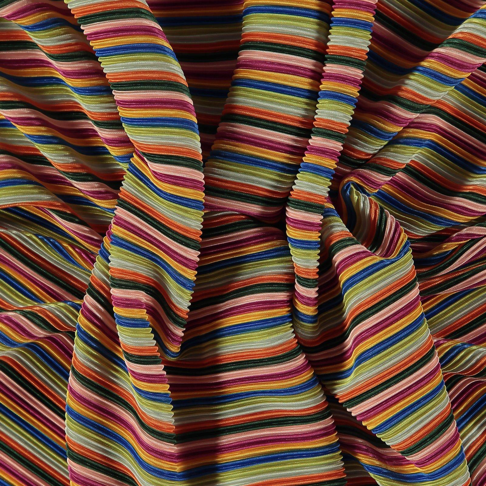 Pleats with multicolored stripe