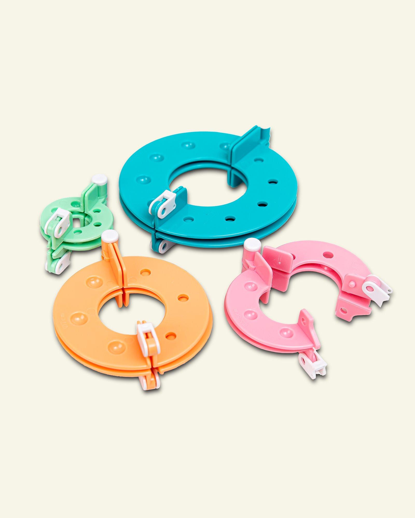Pompon maker 4 sizes 1 set