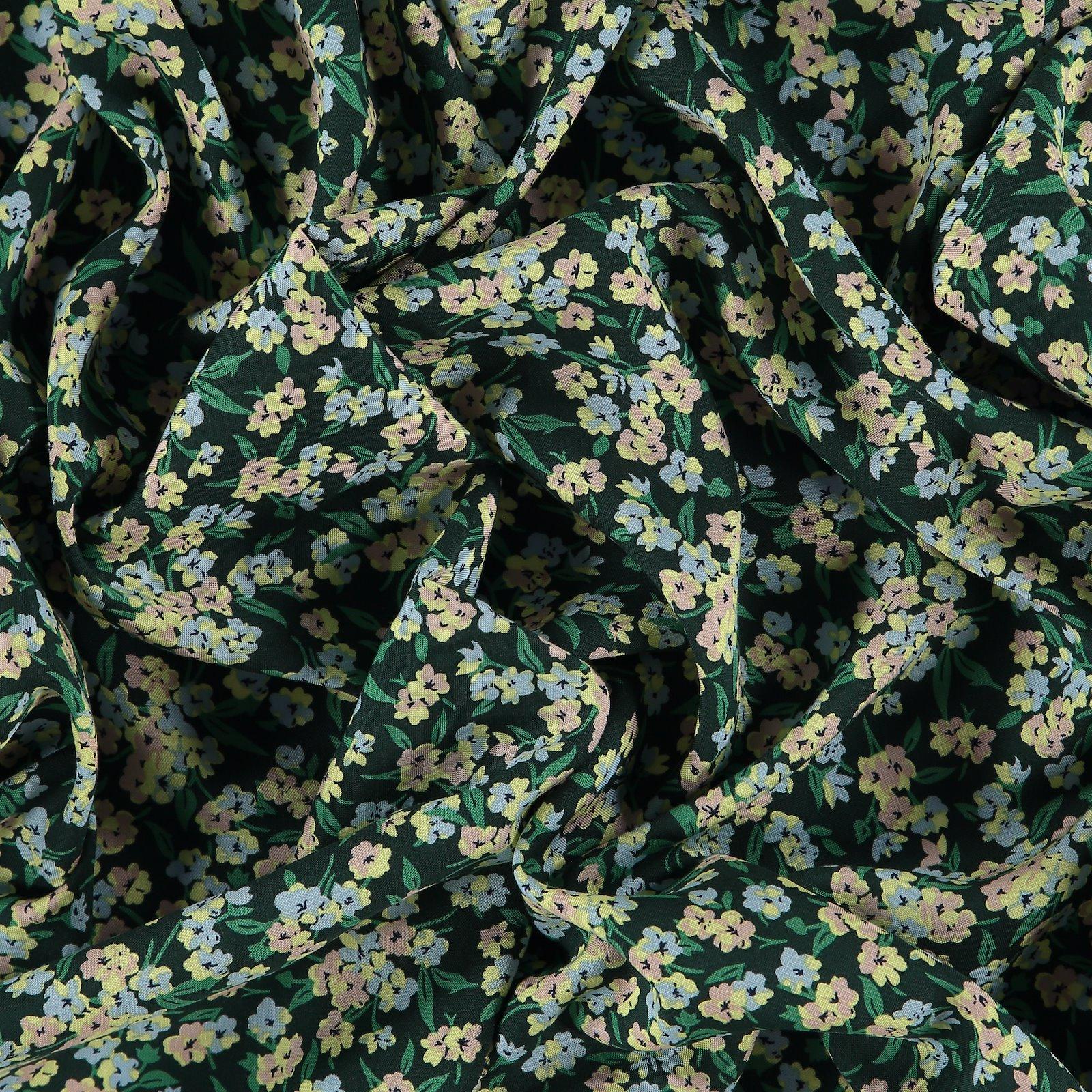 Woven viscose bottlegreen w small flower