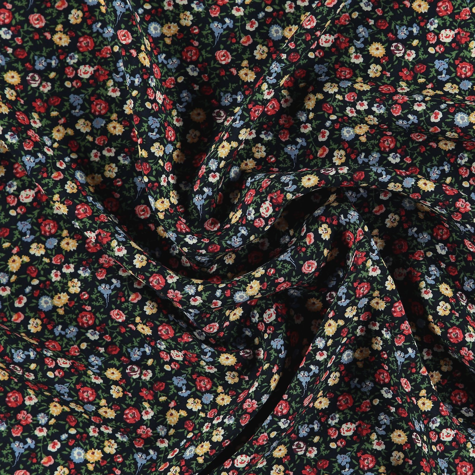 Woven viscose navy w red petite flowers