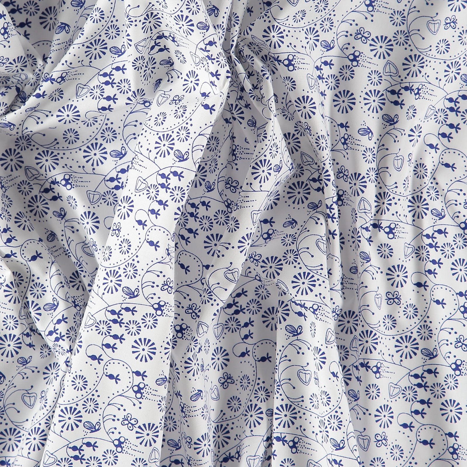 Cotton white with blue petit flowers