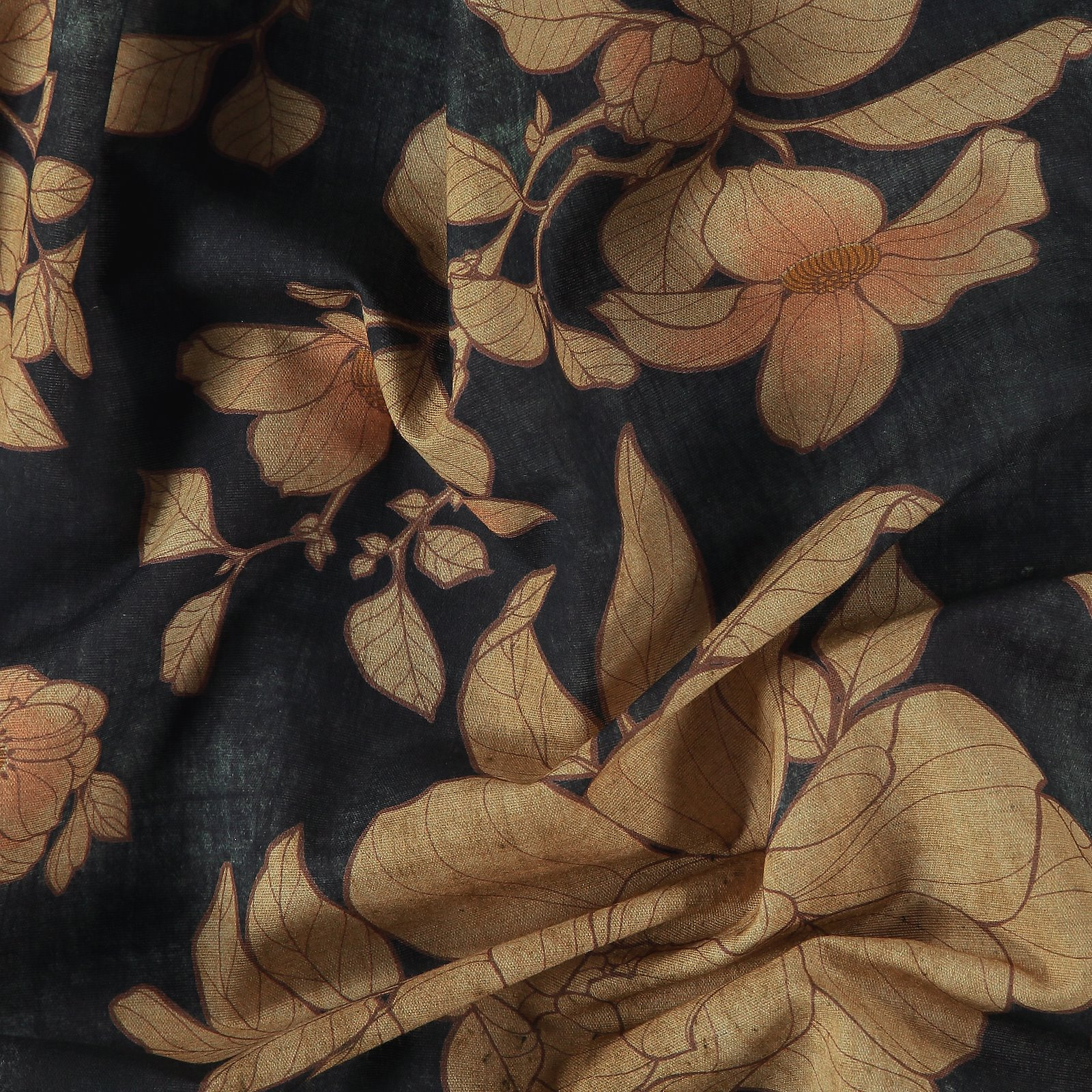Woven cotton/linen blue with big flowers