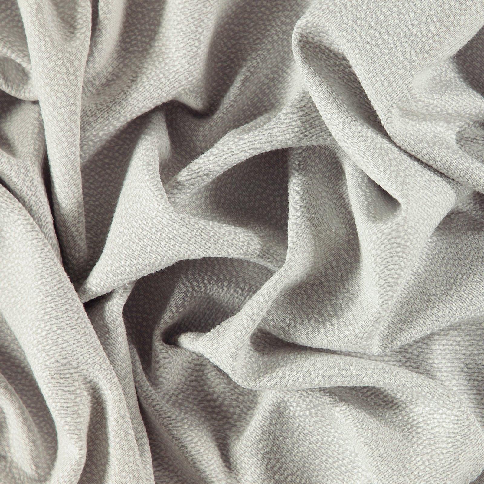 Jacquard light grey w nature pattern