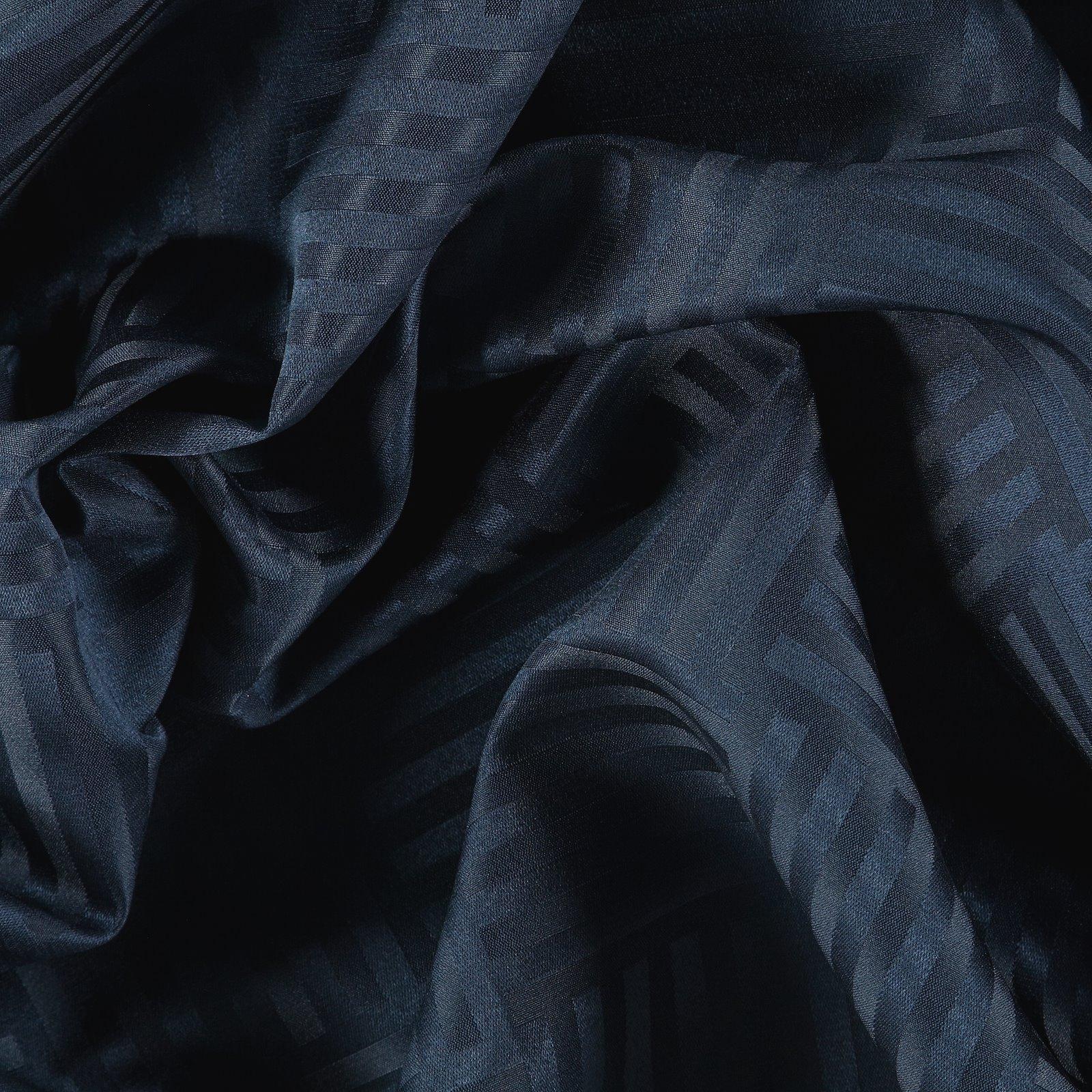 Jacquard navy blue graphic pattern