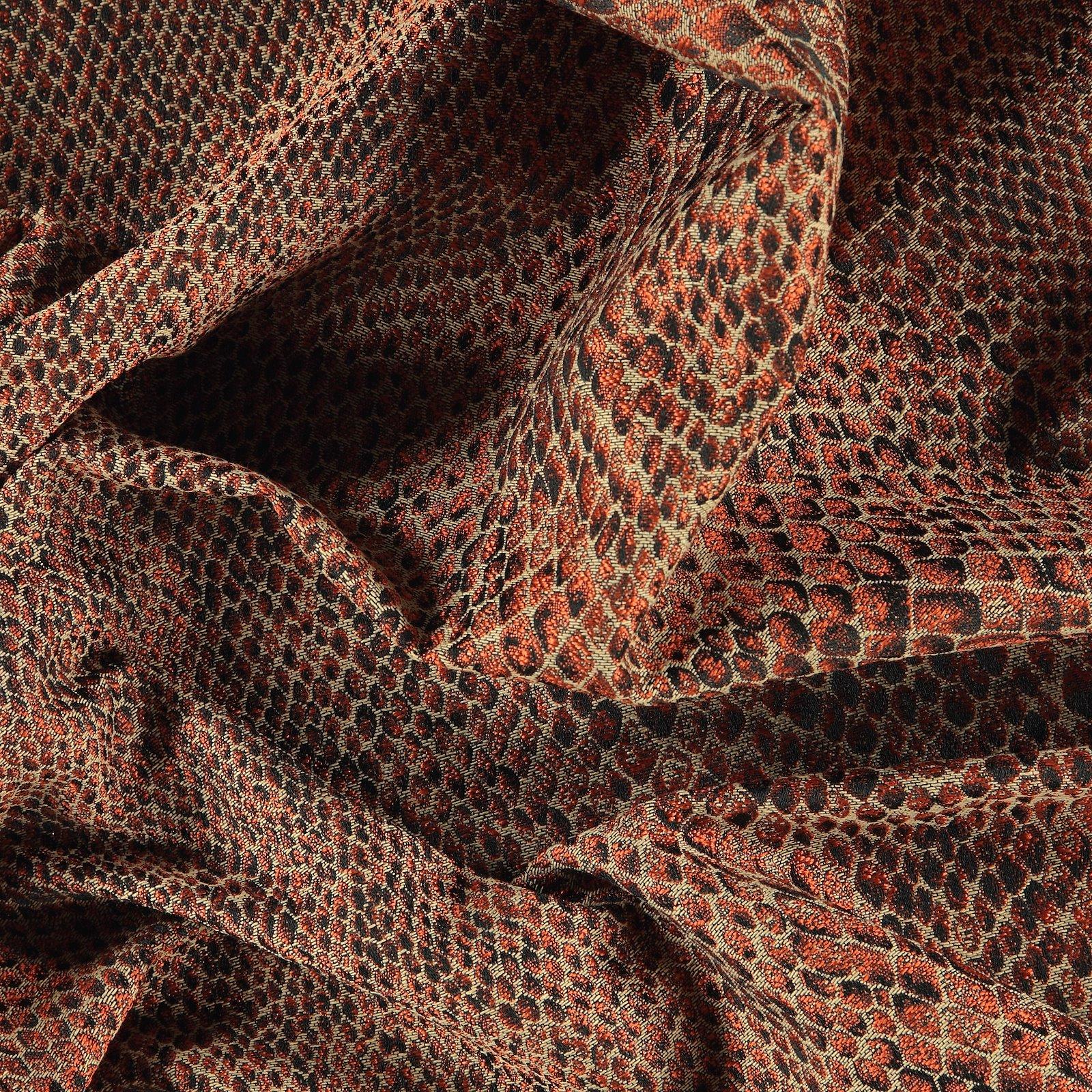 Jacquard sand w terracotta snake pattern