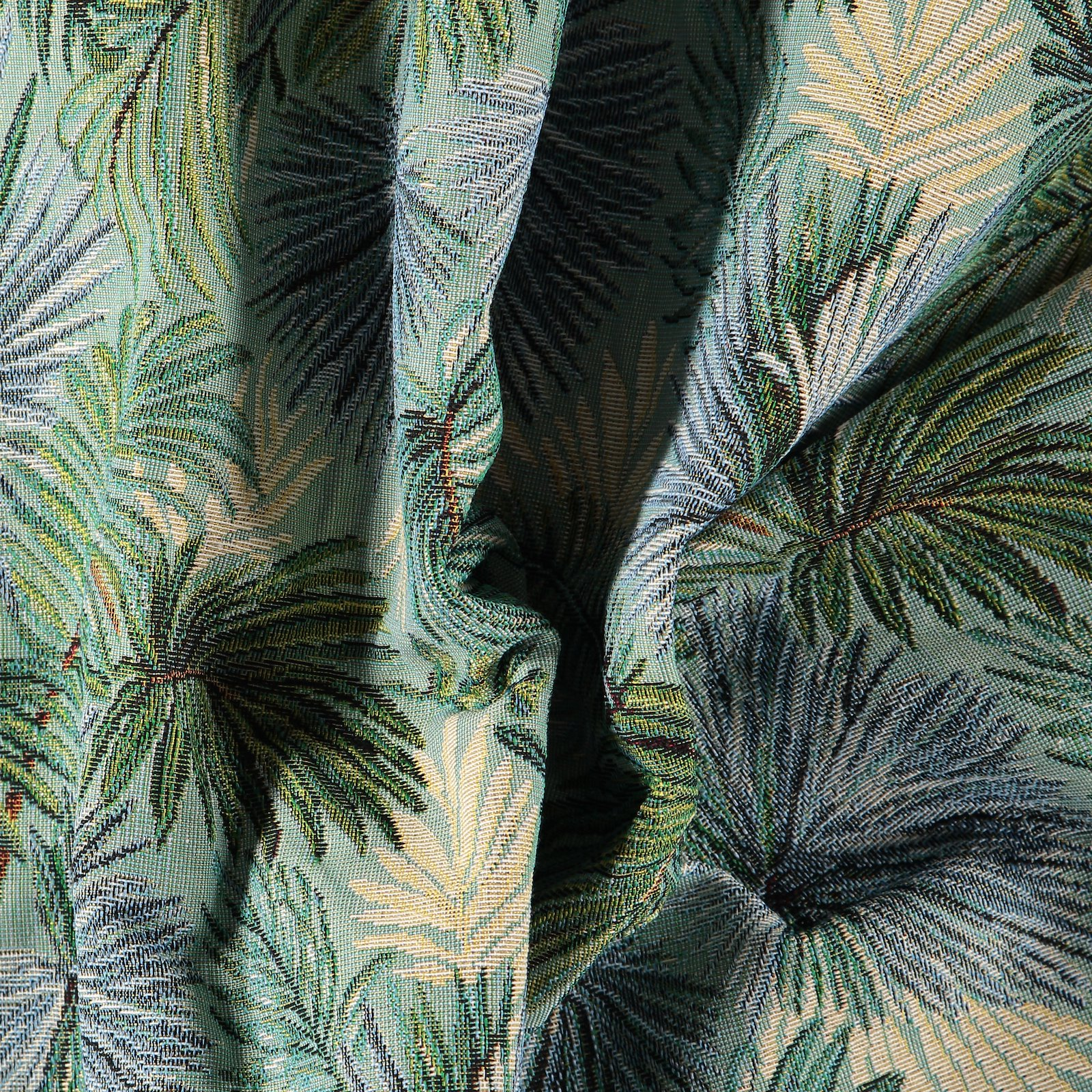Jacquard tuquise with palm leaves