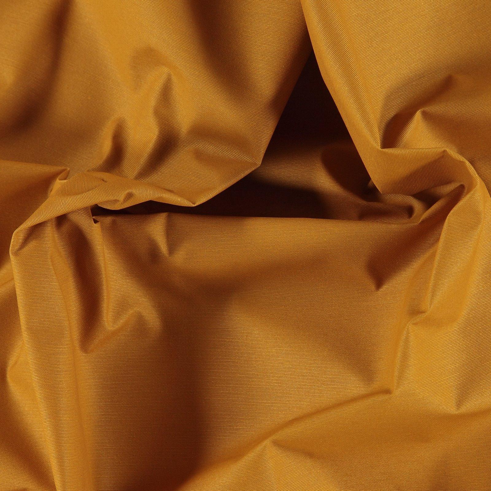 Woven oilcloth golden brown