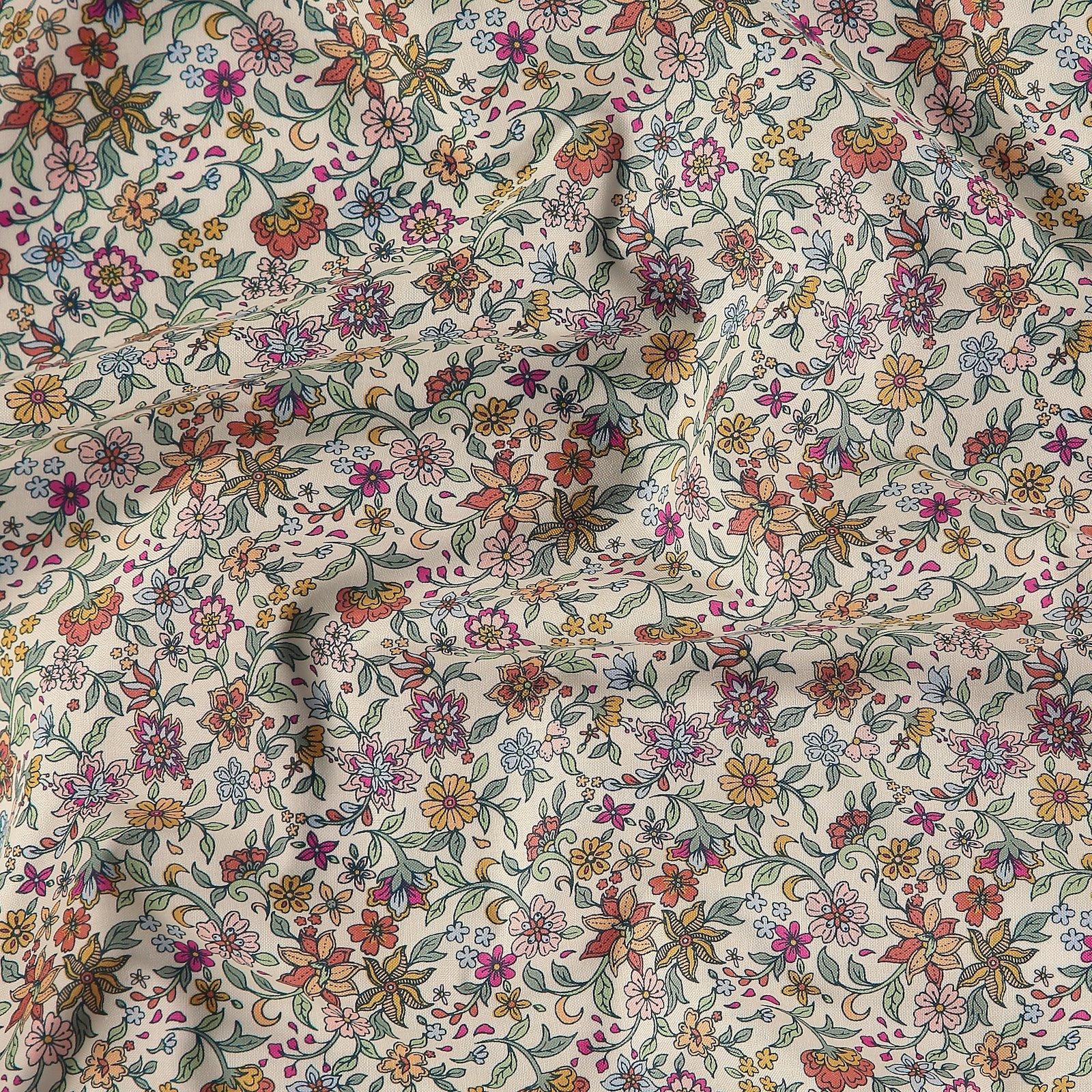 Fat Quarter 45x55cm, Puder mit Blumen