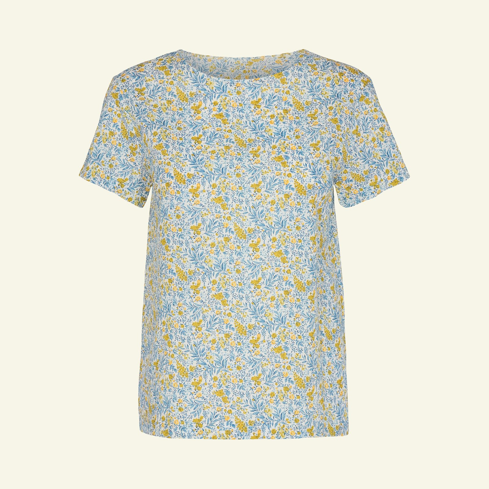 Blouse with flounce, 46/18 p22061_580058_sskit