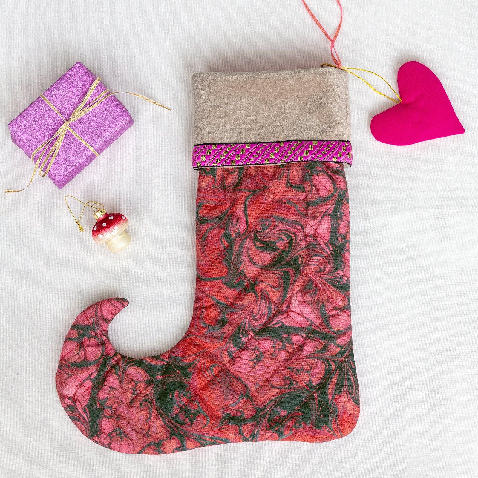 Christmas sock and heart p90311_780570_824158_22334_21436_p90333_4210_35290_sskit