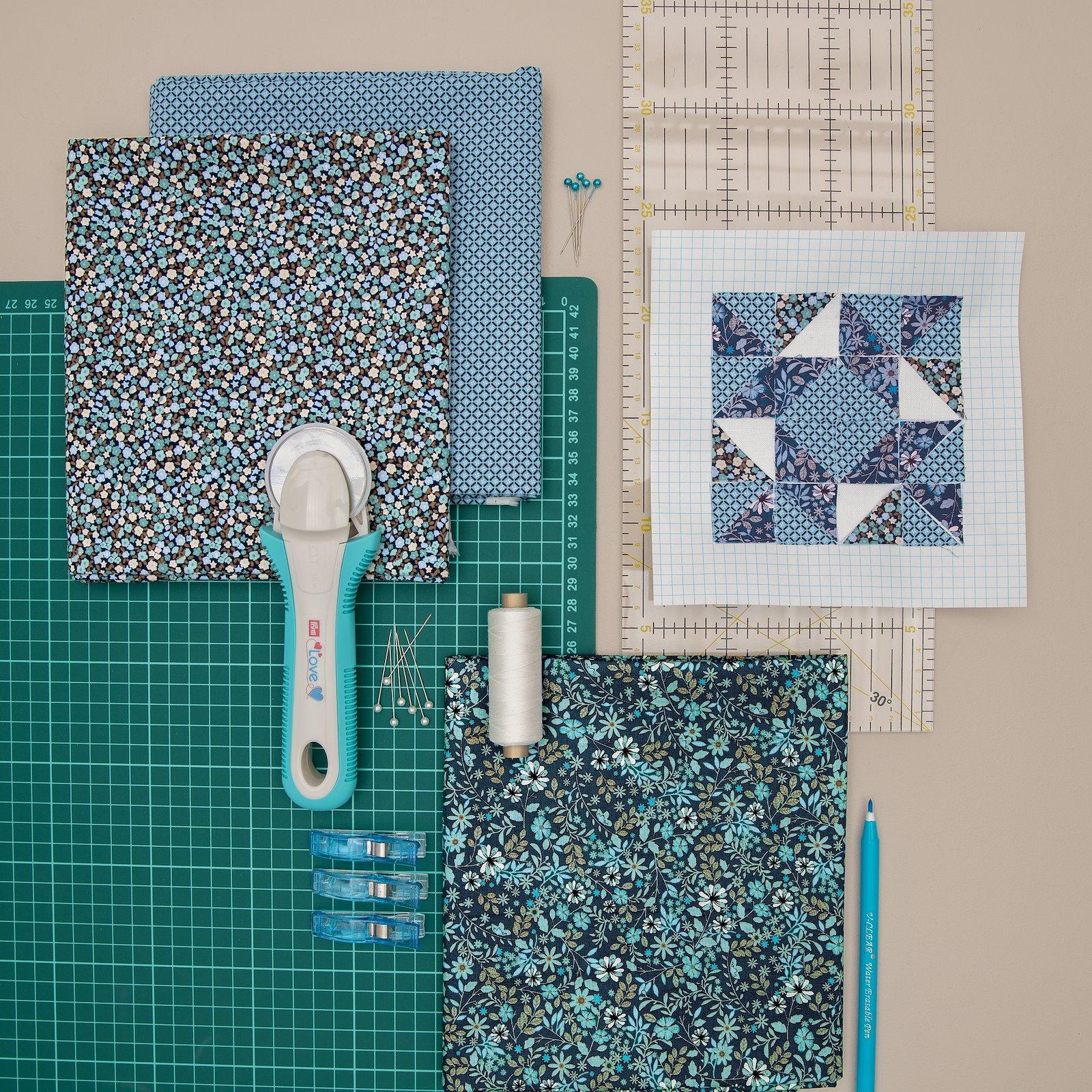 Cotton light blue graphic pattern 852405_852408_42067_42062_43127_852416_29110_42068_bundle