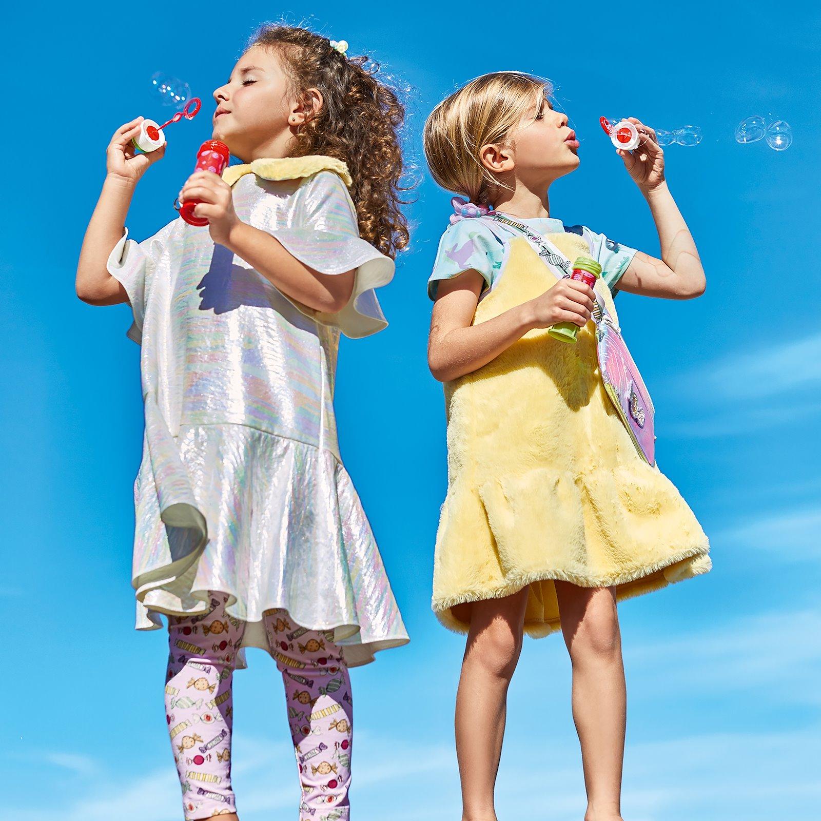 Dress and blouse with flounce p63066_260687_p90335_910283_540111_p60032_272680_bundle