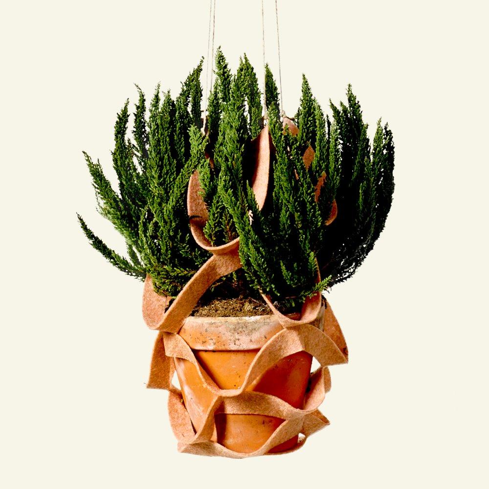 Hanging flower basket - feltet DIY3013_hanging_flower_basket_felt_a.png