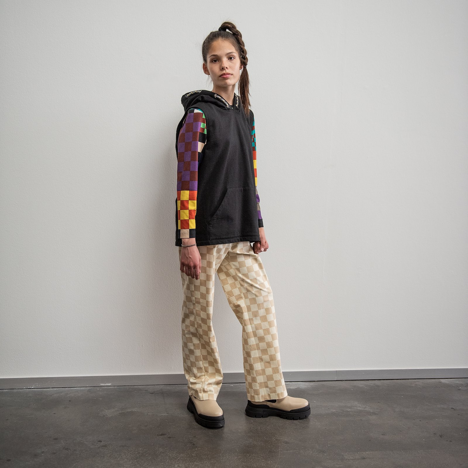 High waist and wide lege trouser, 152/12 p62021_211759_230638_43690_22276_p62017_272807_p60034_420420_sskit