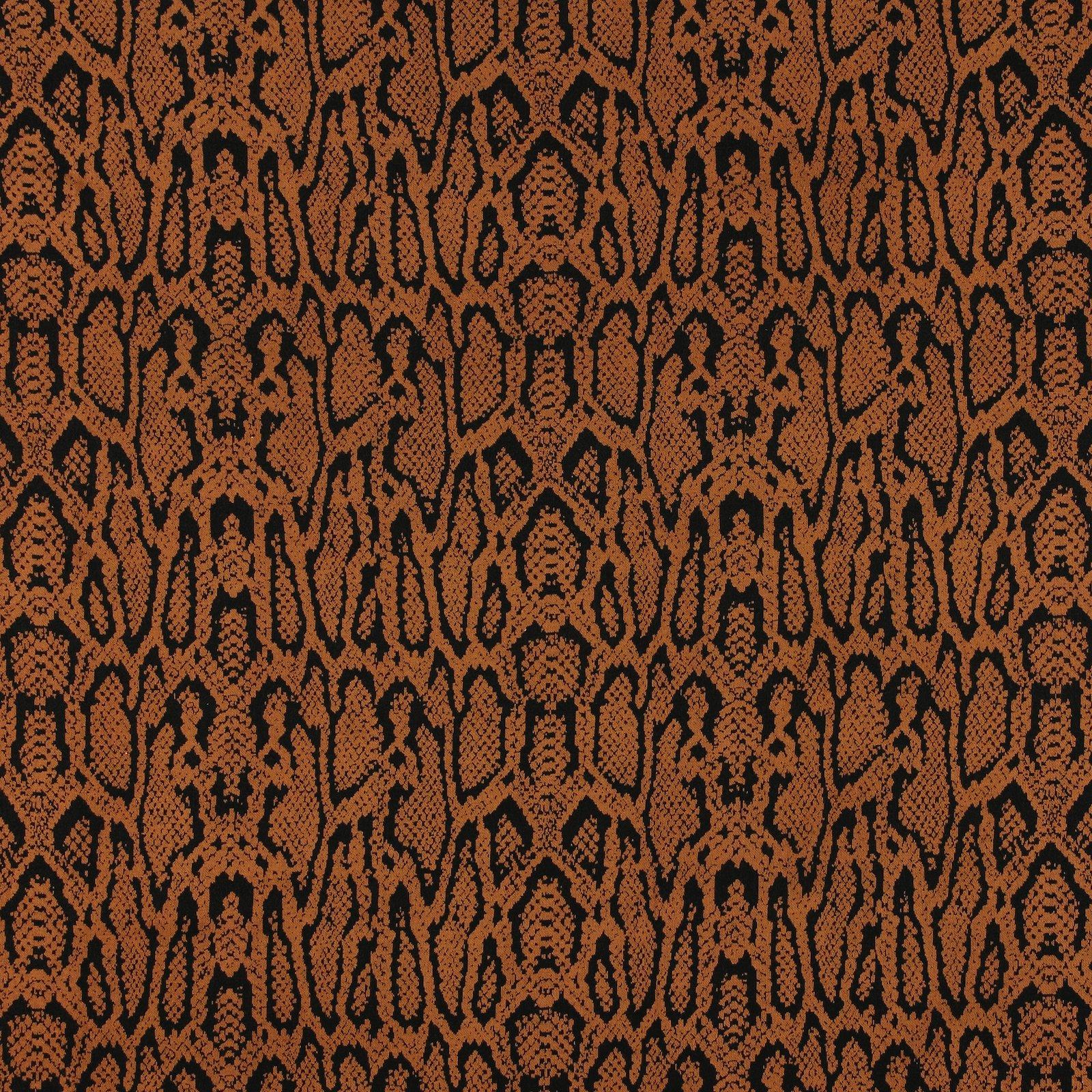 Knit jacquard caramel w snake pattern 203753_pack_sp