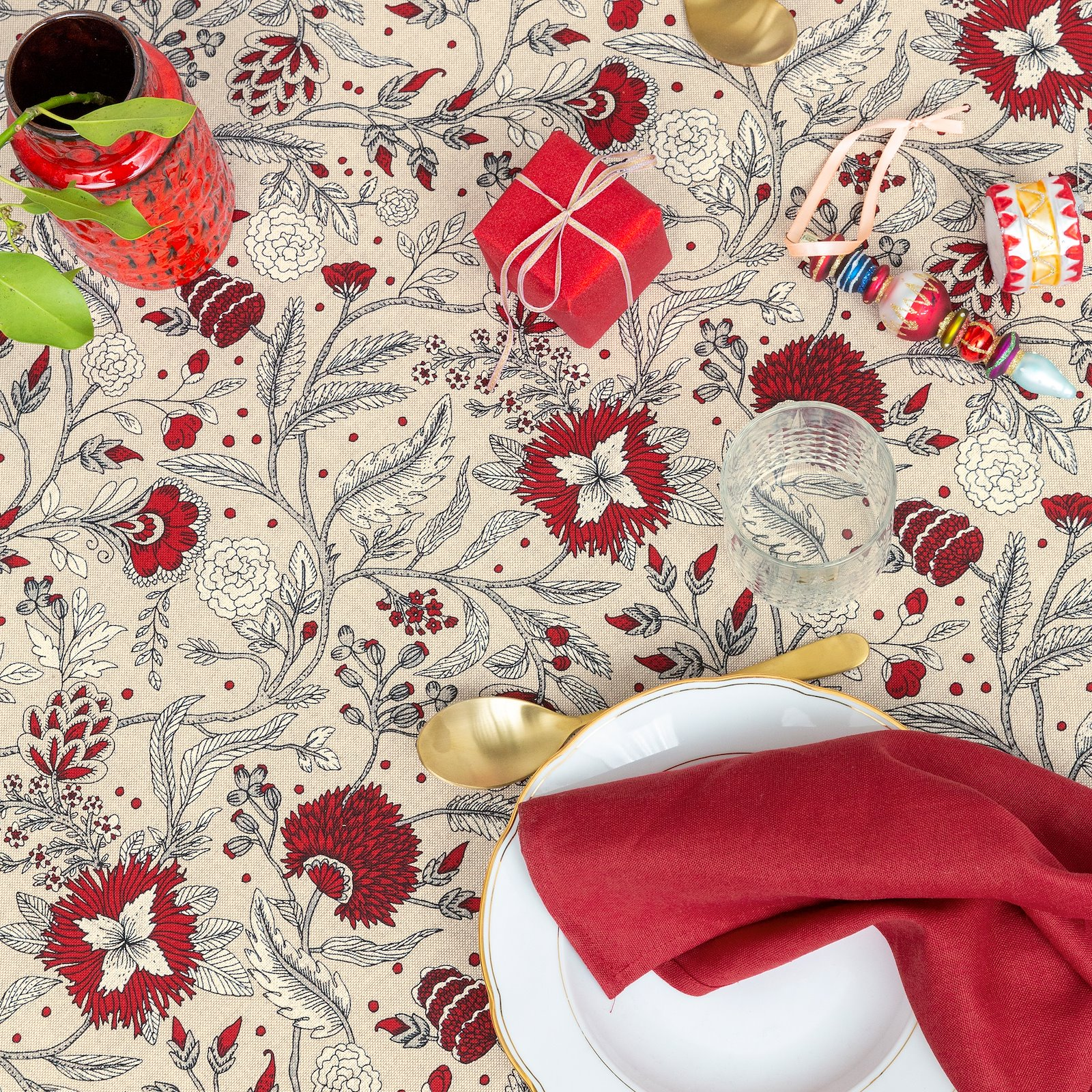 Linen look with red and white flowers 760299_DIY8003_410143_bundle