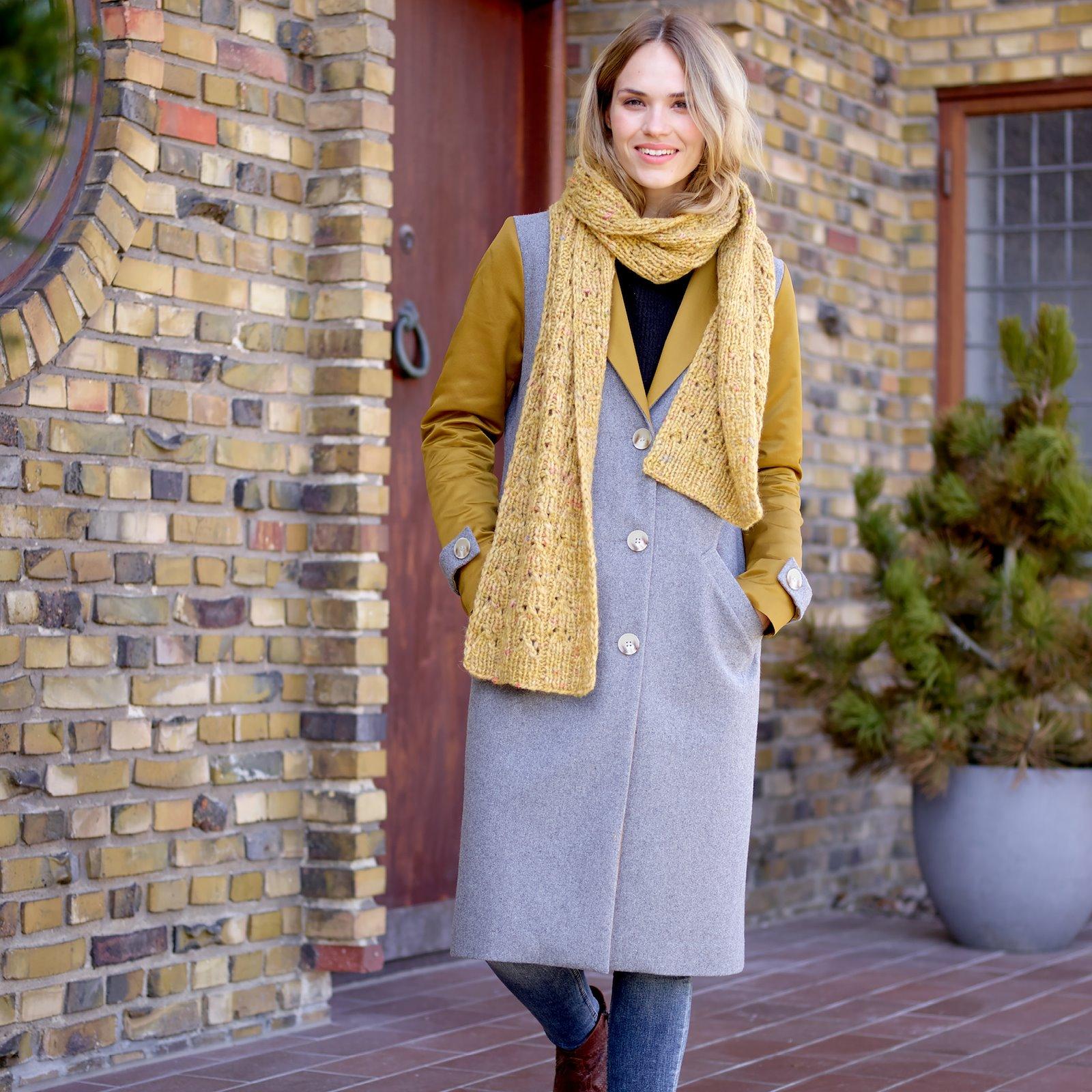 Long coat, 38/10 p24041_300130_450818_5005_21338_40239_sskit