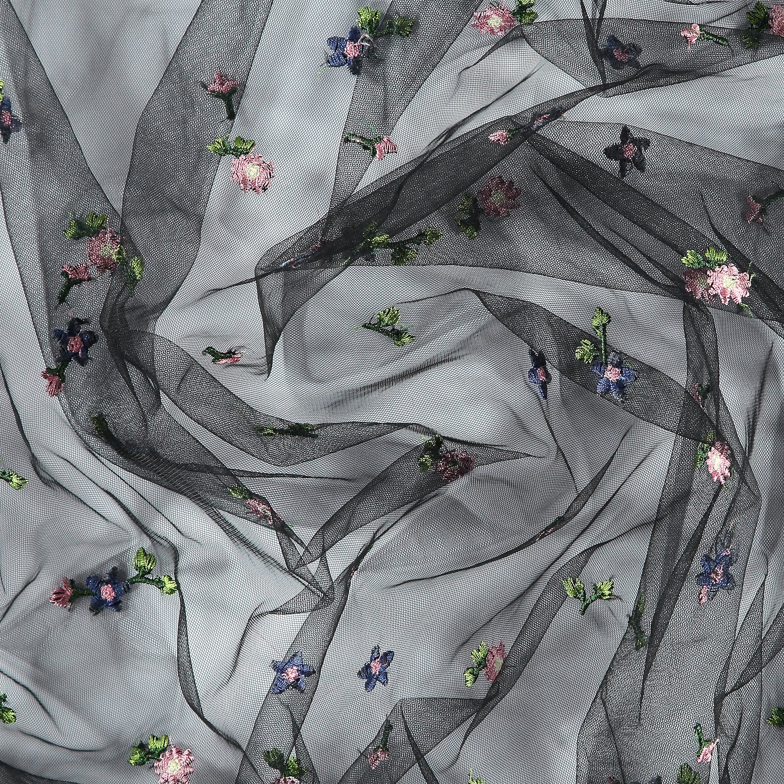 Mesh black with flower embroidery 640269_pack