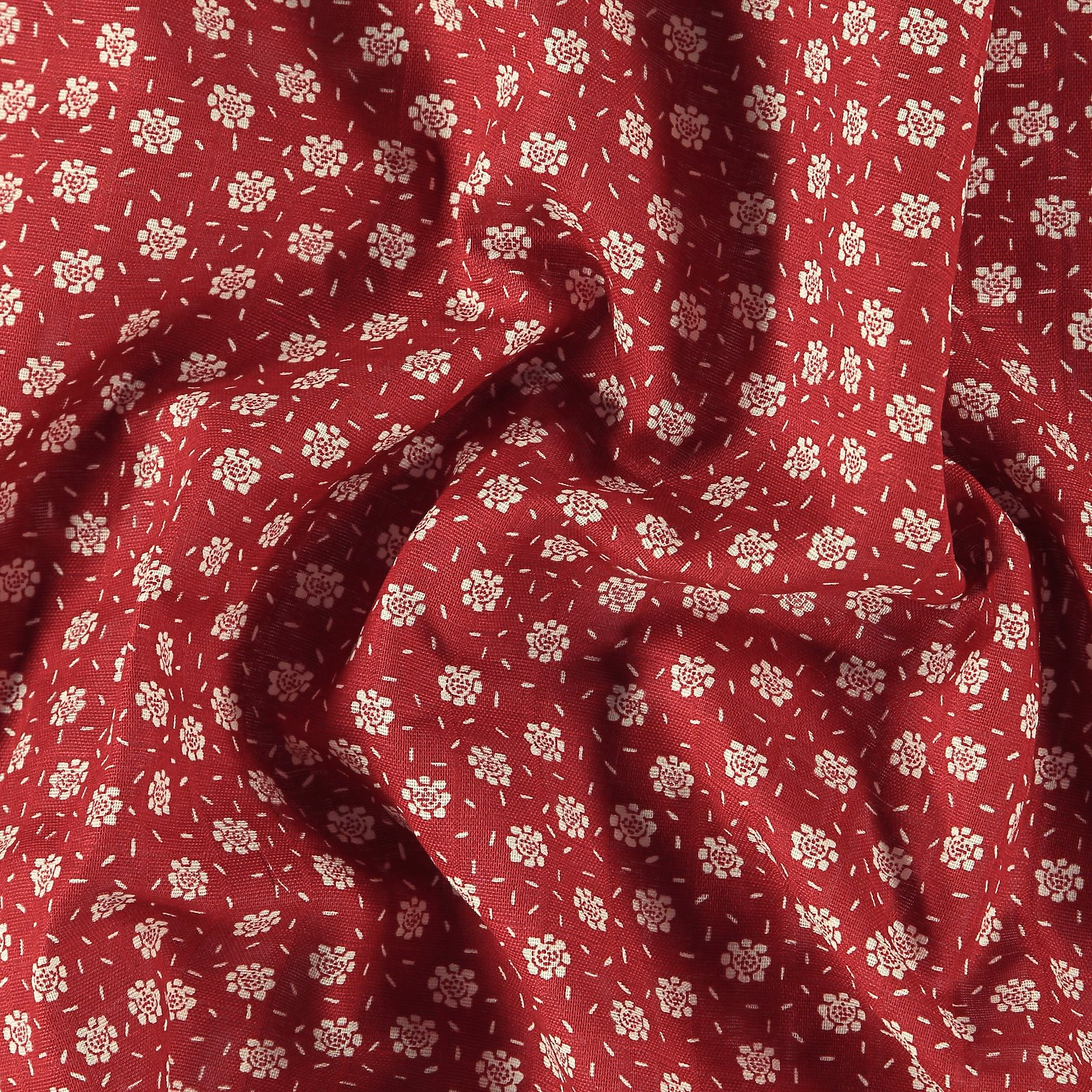 Muslin dusty red with petite flowers 501865_pack