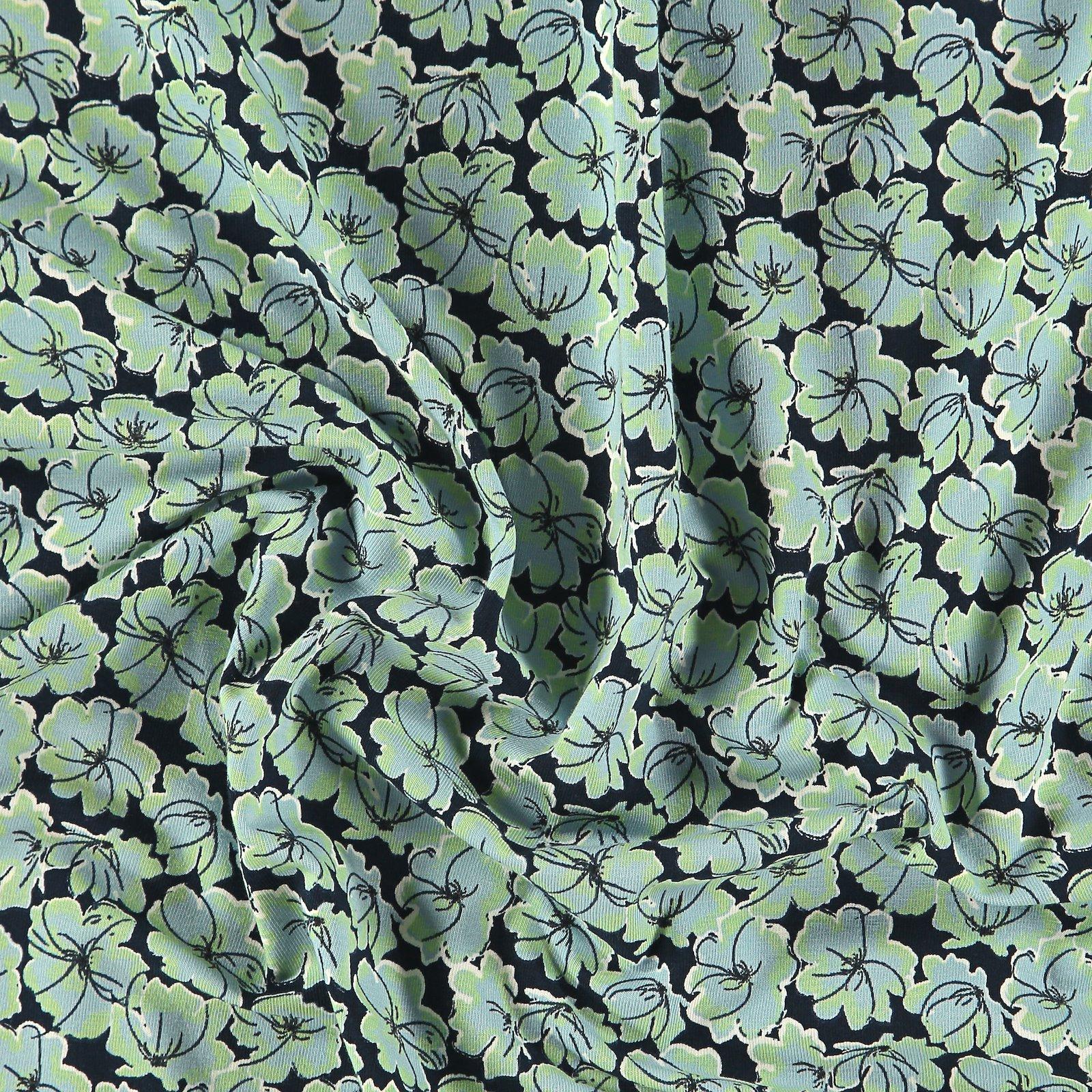 Organic stretch jersey navy w flowers 272698_pack