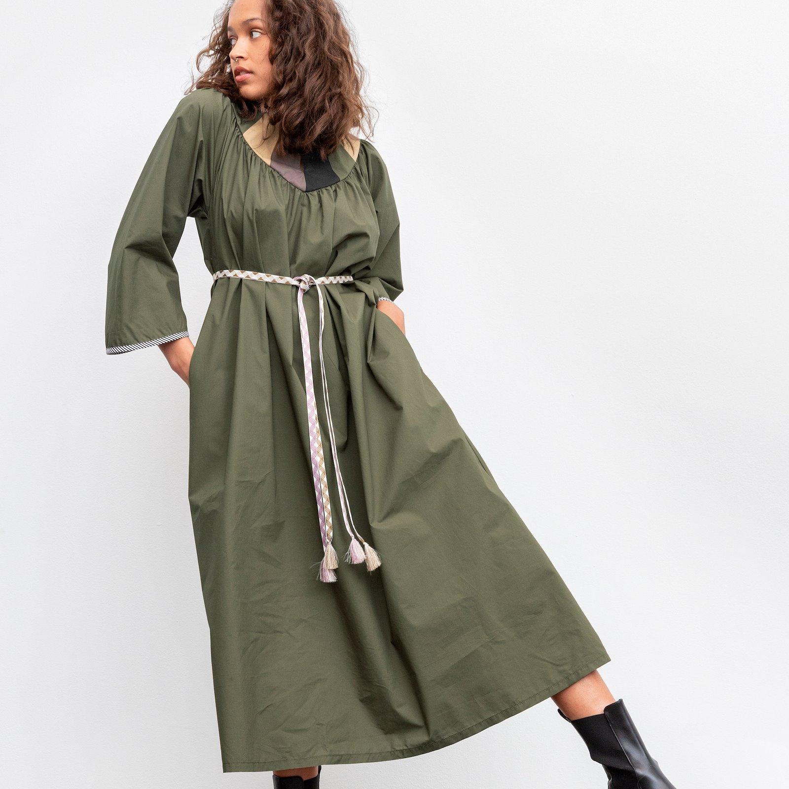 Oversize dress with yoke piece p23169_540122_540120_540121_540110_64106_22359_22361_sskit