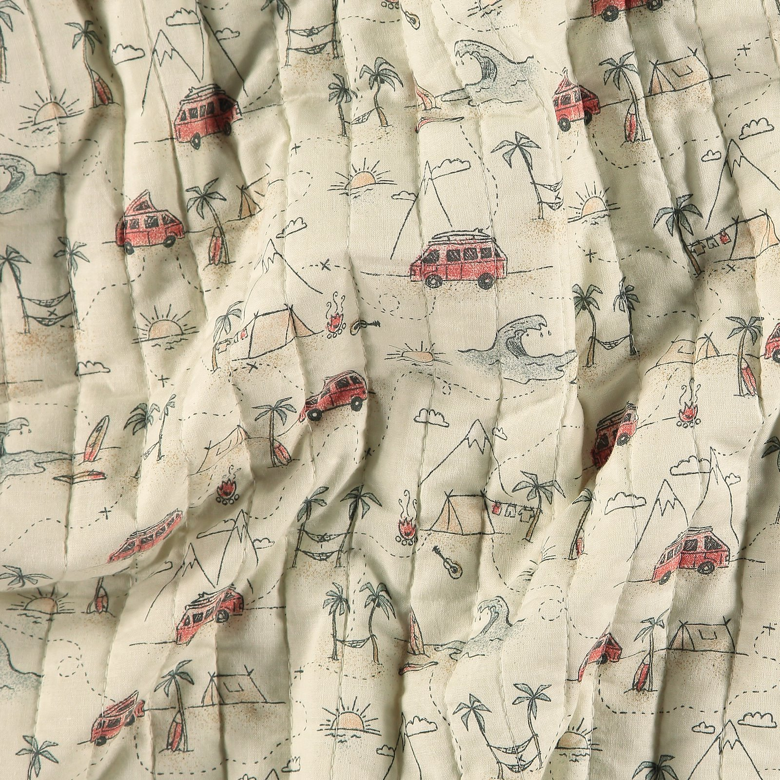 Quilt off white with cars and check 920231_pack