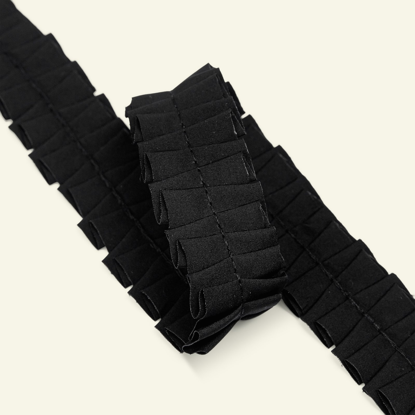 Ribbon ruffle 25mm black 2m 21483_pack