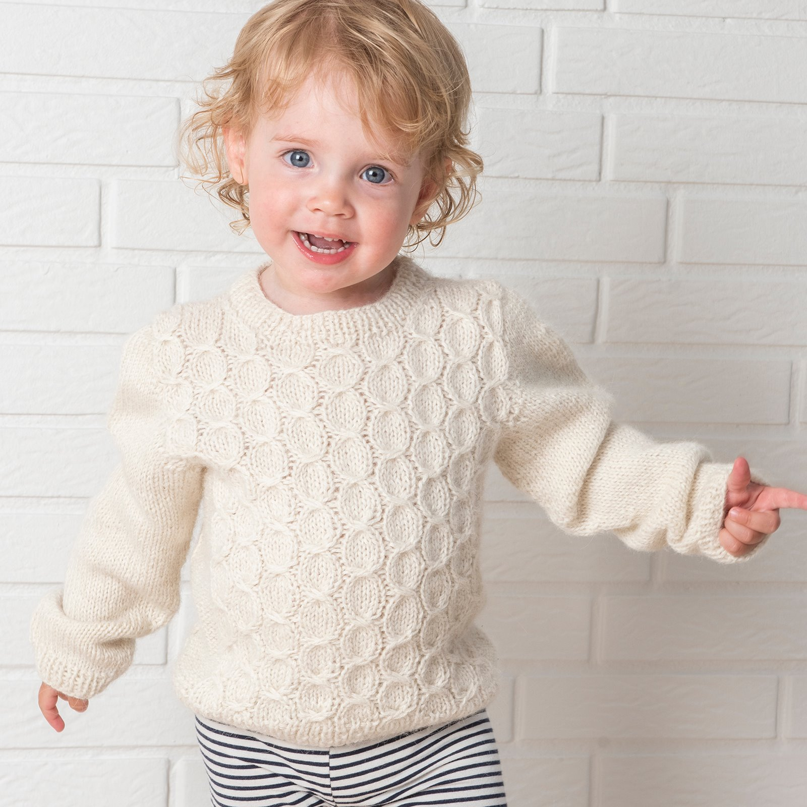 Twirl Sweater FRAYA6042_image.jpg