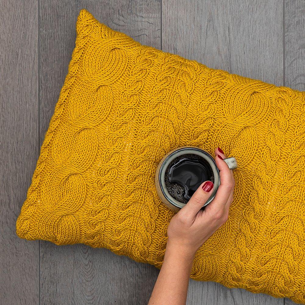Twisty Pillow Case FRAYA9027.jpg