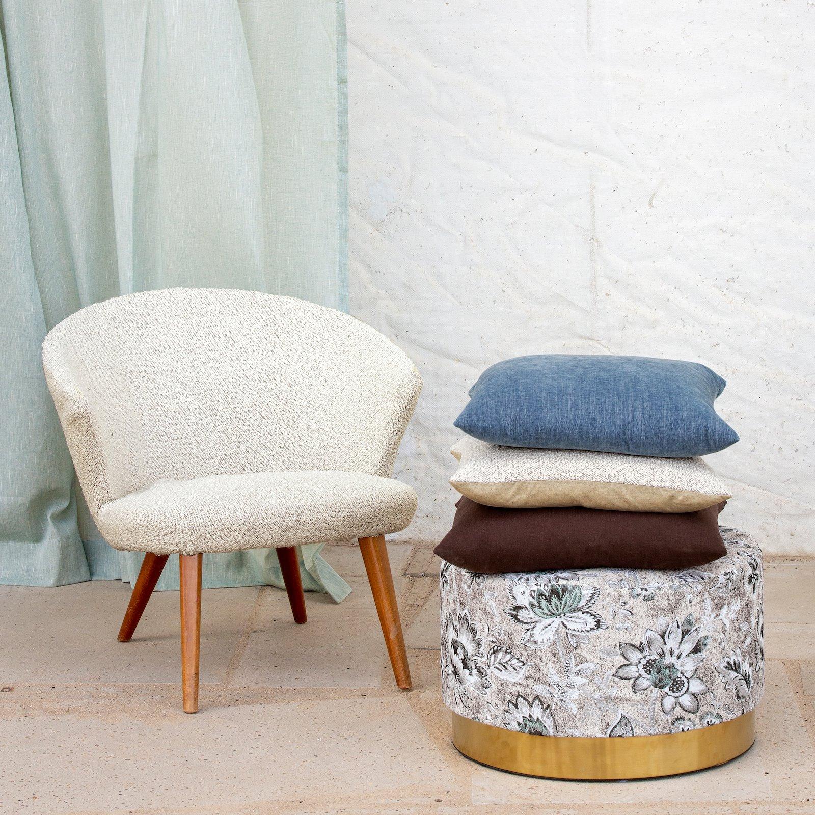 Upholstery boucle offwhite/putty melange 824161_824169_824160_851962_bundle