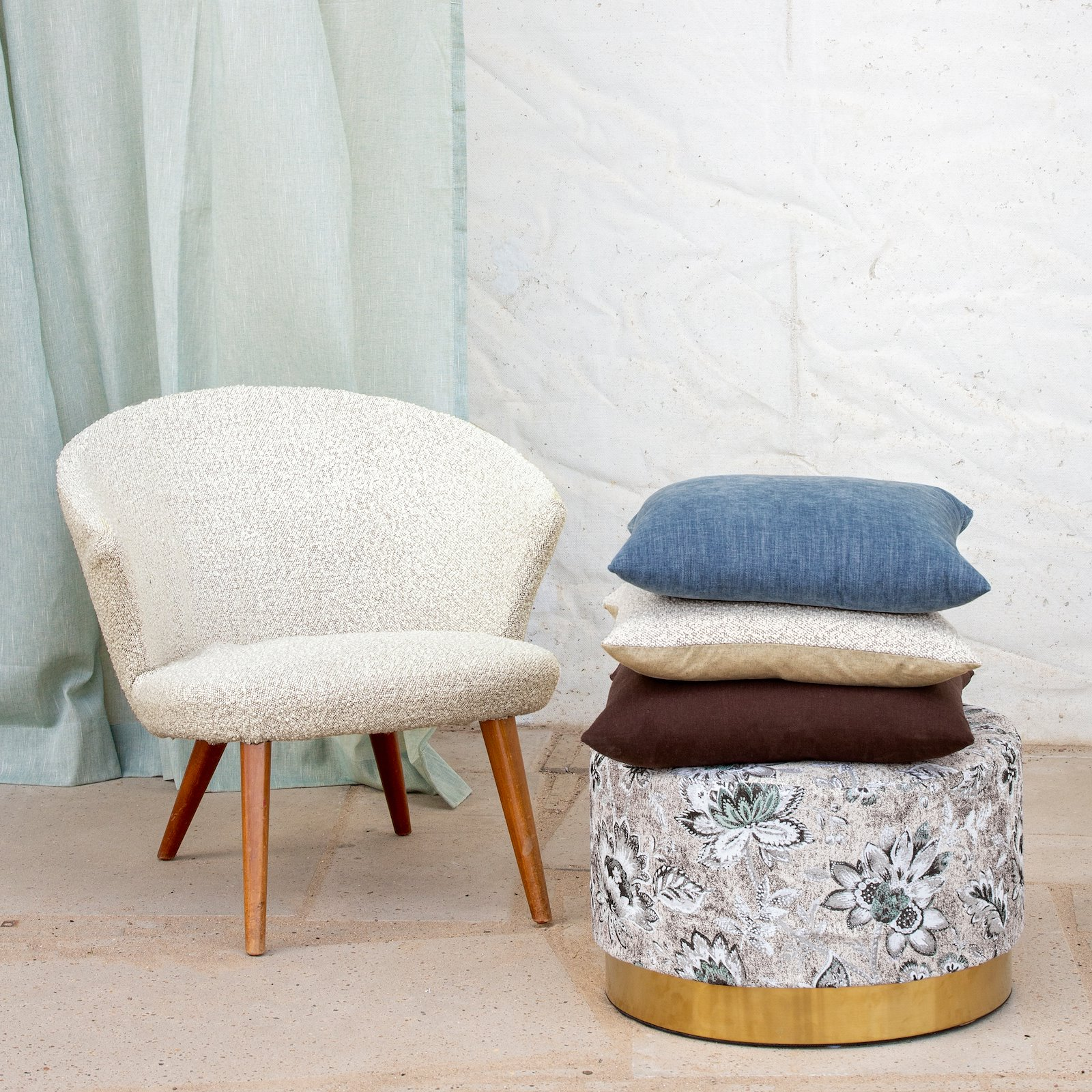 Upholstery chenille structure dusty blue 824161_824169_824160_851962_bundle