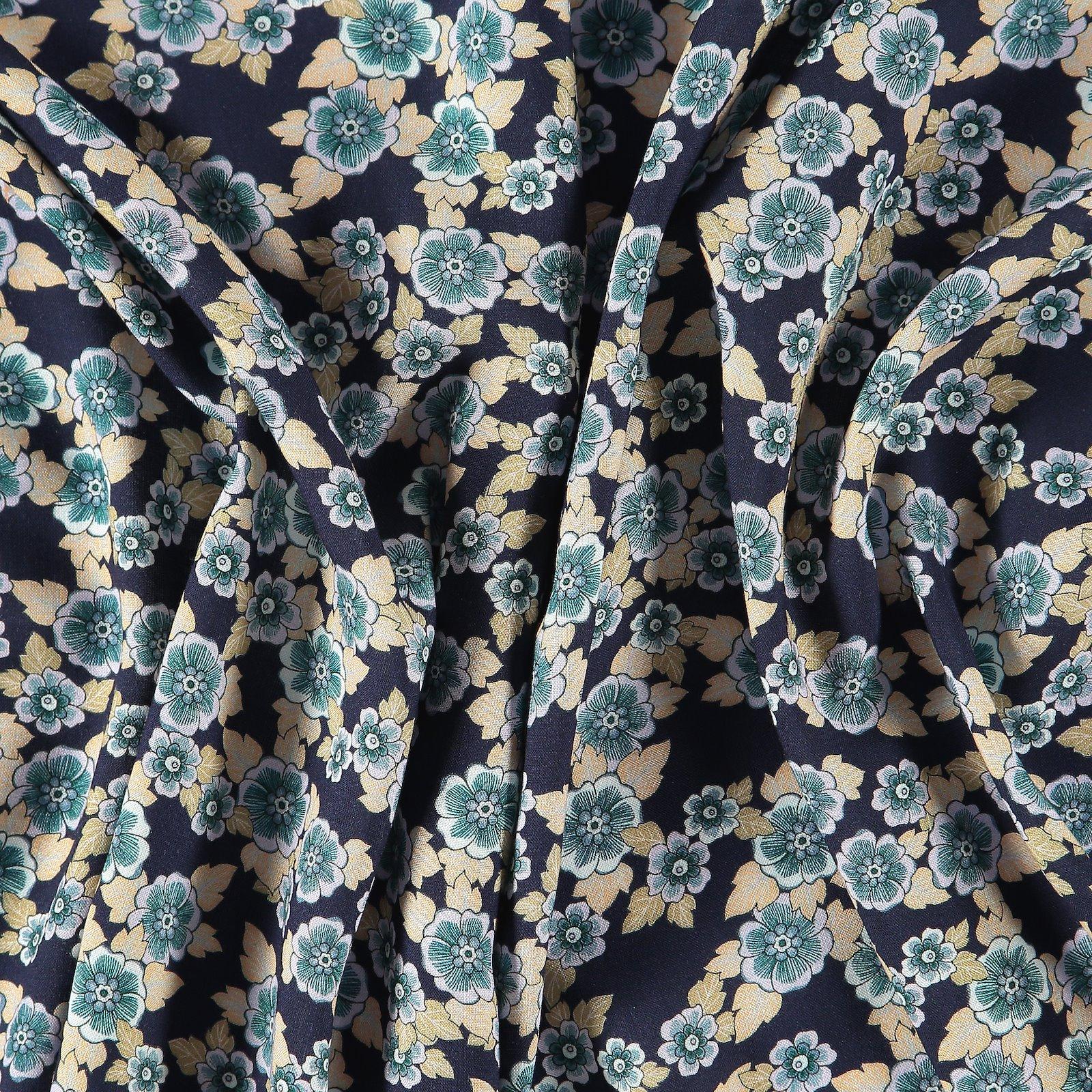 Viskose gewebt, Dunkelblau mit Blumen 710602_pack