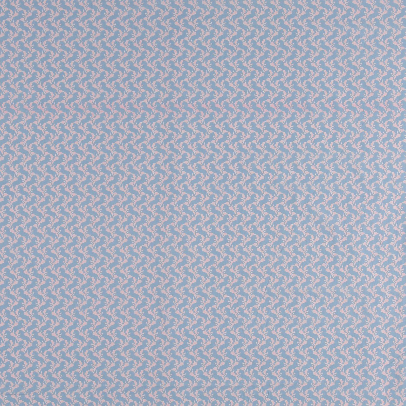Woven light cotton w pastel blue horses 501827_pack_sp