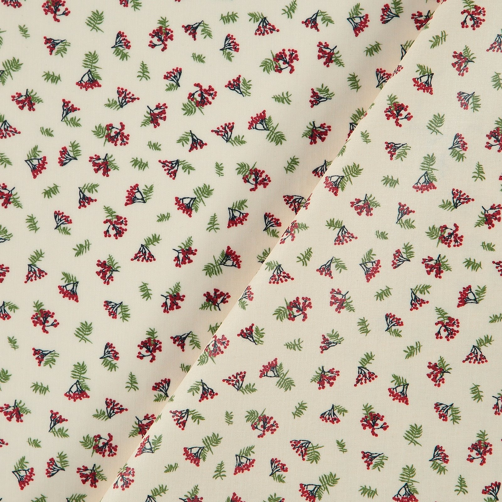 Woven oil cloth offwhite w red berries 866133_pack