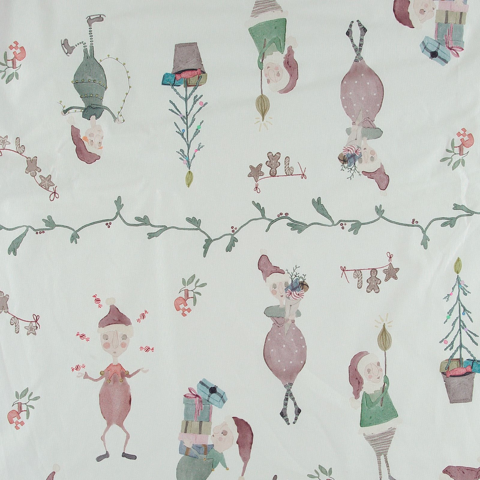 Woven oilcloth off white with elves 872305_pack_lp