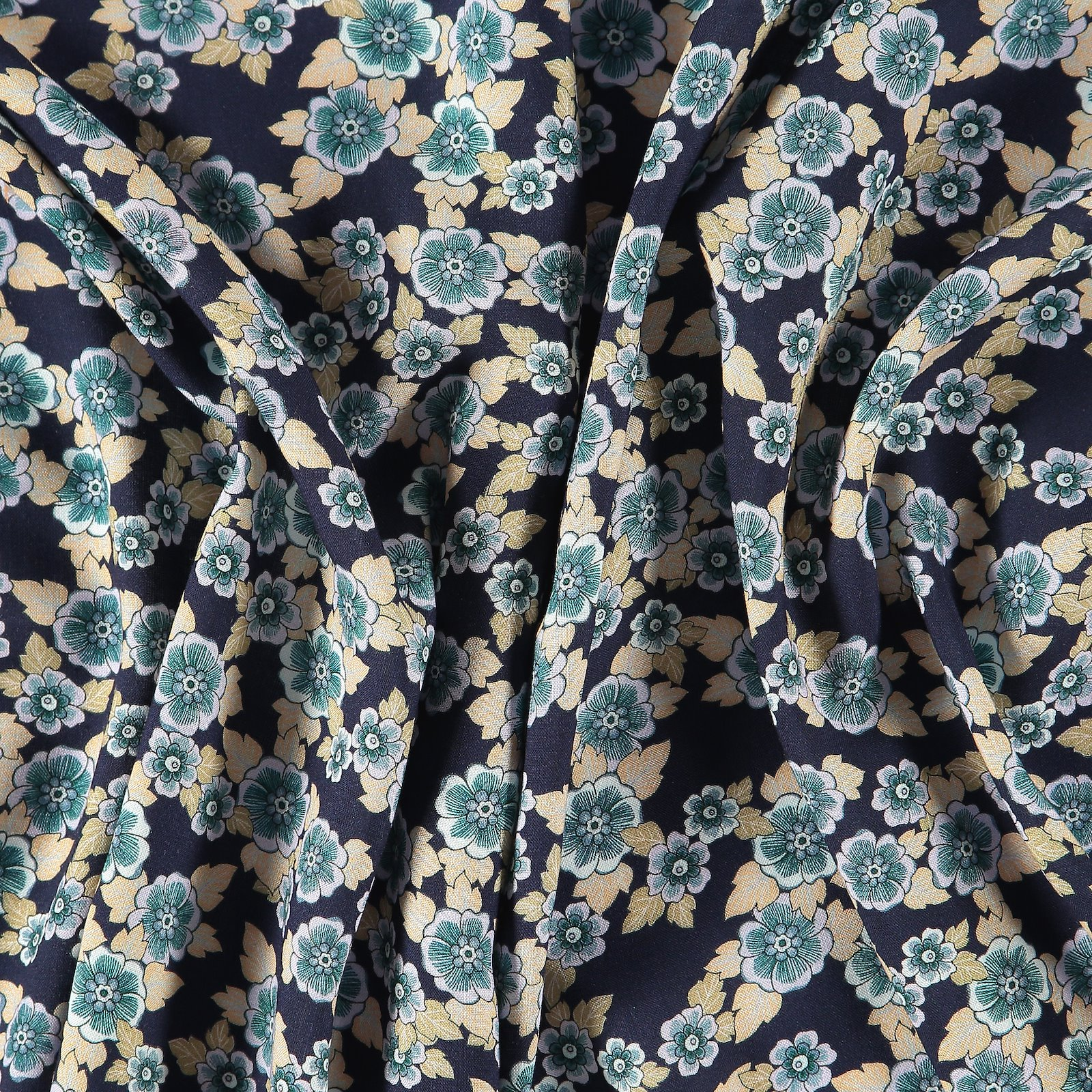 Woven viscose dark blue with flowers 710602_pack