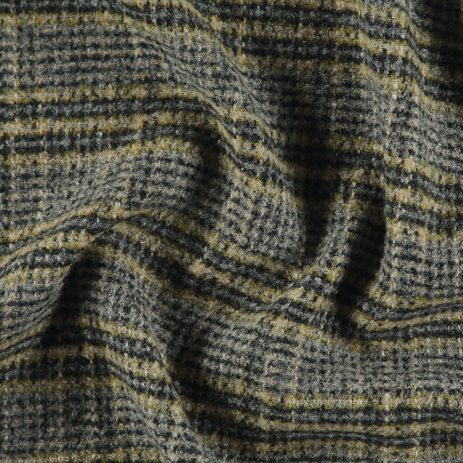 Woven wool with yellow petite YD check 300222_pack
