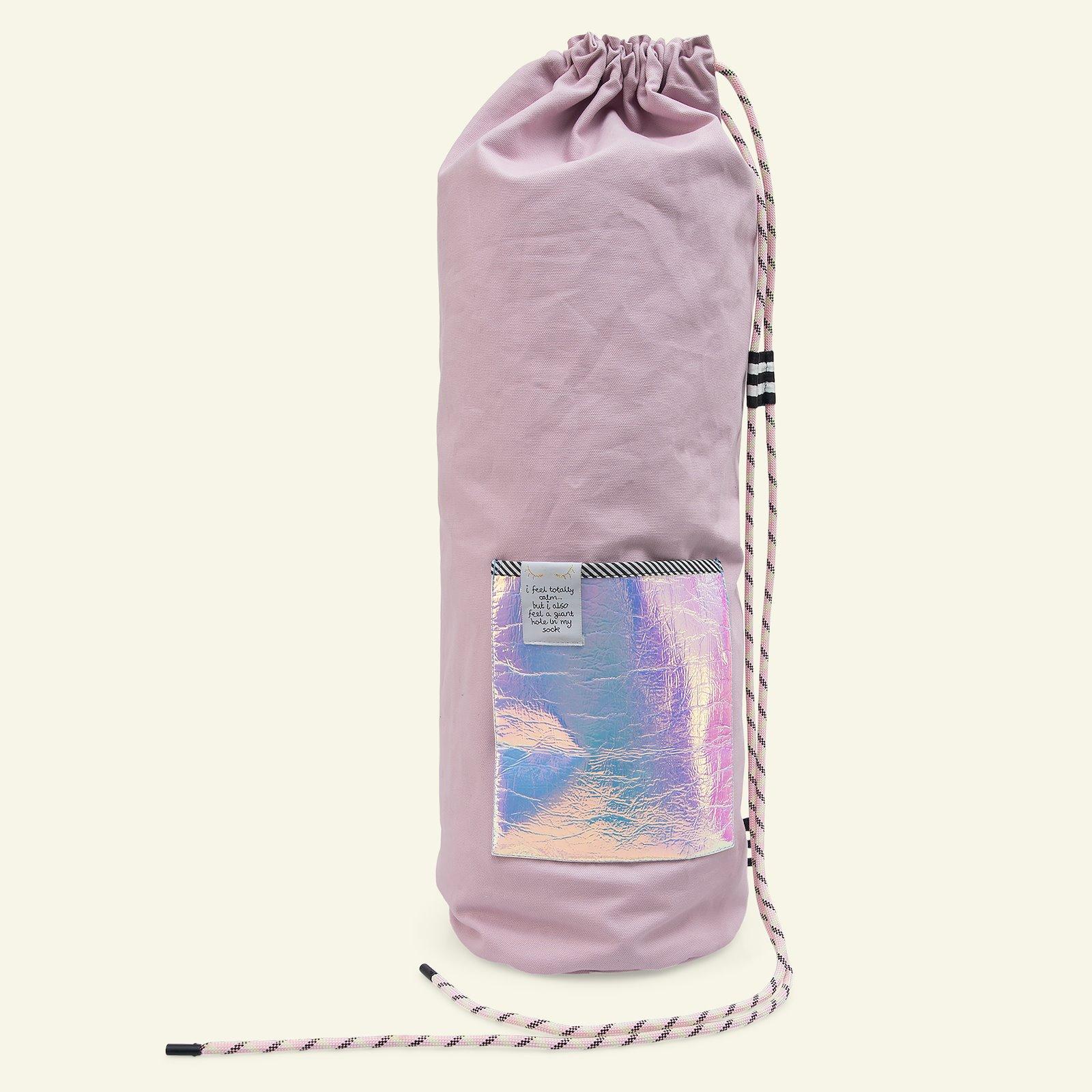 Yoga and bucket bag p90339_780481_852368_75091_64106_z59344_sskit